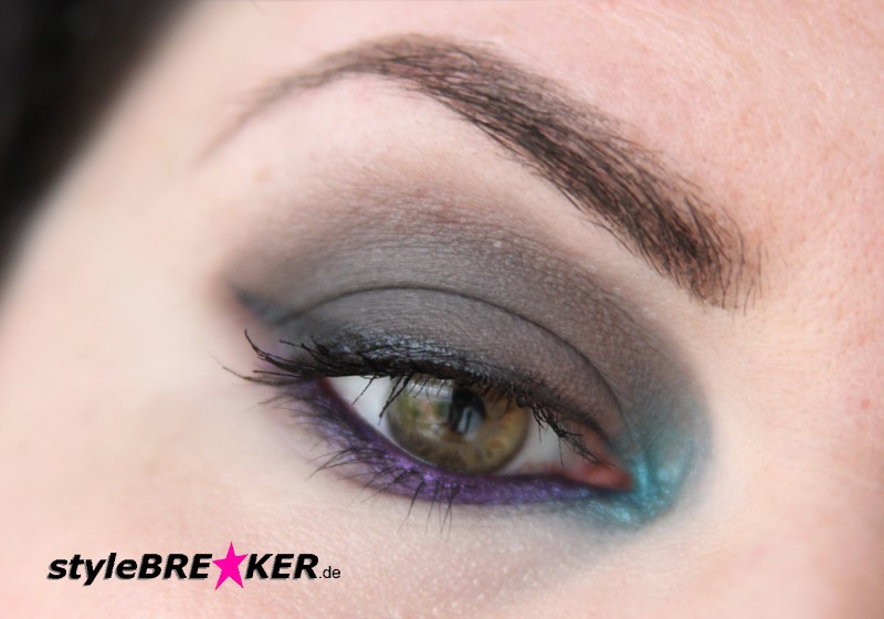 Beauty Inspiration - Make-Up in Purple, Petrol, Grey 1j