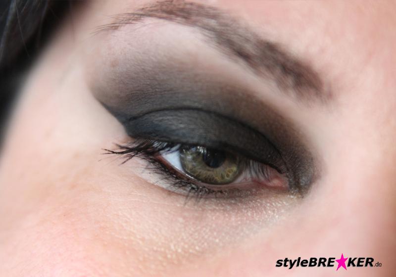 Beauty Hacks Eyeliner 1b